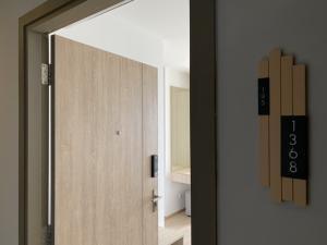 เช่าคอนโดบางนา แบริ่ง : Ideo O2 ราคาพิเศษ 9,499 ตึกC ชั้น 23