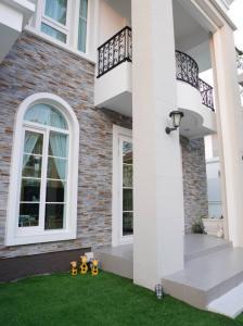 For SaleHouseOnnut, Udomsuk : Casa Grand Onnuch-Wongwhaen  for sale havefitness / swiming pool