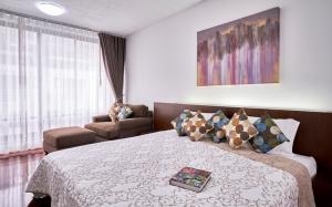 For RentCondoWitthayu,Ploenchit  ,Langsuan : Apartment for rent