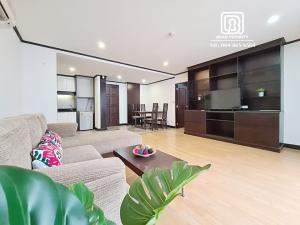 For RentCondoSukhumvit, Asoke, Thonglor : (512)Twin peaks residence: Minimum rental 1 month / warranty 1 month / free internet / free cleaning