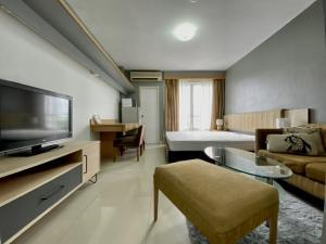เช่าคอนโดพระราม 9 เพชรบุรีตัดใหม่ : 📌ให้เช่า 7000 คอนโด i-House RCA🍀ตกแต่งใหม่ สวย  กริ๊บ เกินราคา🌟🌟อยู่ใจกลาง RCA ใกล้. รพ.ปิยะเวท