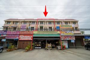 For SaleShophouseAyutthaya : 2 commercial buildings for sale on Rojana Road, size 3 and a half, 53 sq m, usable area 476 sq m.