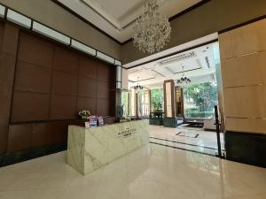 For SaleCondoWitthayu,Ploenchit  ,Langsuan : For rent 20,000B / for sale 6.2MB The Address Chidlom : Studio High-floor
