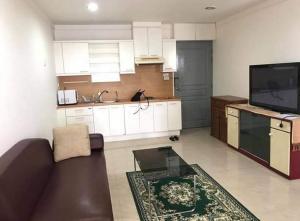 For RentCondoSukhumvit, Asoke, Thonglor : For rent : Waterford Diamond (Sukhumvit 30/1), 2 bedroom, 18000 baht/month