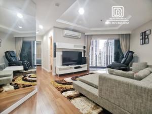 For RentCondoRama9, Petchburi, RCA : (224)Belle Grand condominium: Minimum rental 1 month / warranty. 1 month / free internet / free cleaning