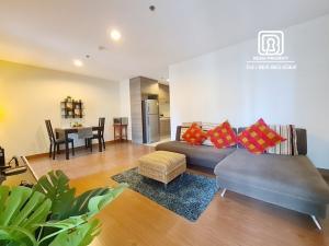 For RentCondoRama9, RCA, Petchaburi : (367)Belle Grand condominium: Minimum rental 1 month / warranty 1 month / free internet / free cleaning