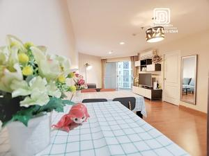 For RentCondoRama9, Petchburi, RCA : (862)Belle Grand condominium: Minimum rental 1 month / warranty 1 month / free internet / free cleaning