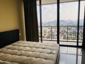 For RentCondoLadprao, Central Ladprao : For rent: The Issara Ladprao (The Issara), between Ladprao 12-14, Floor 24, Area 37 sq m.