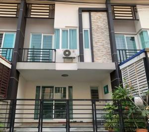 For SaleTownhouseThaphra, Wutthakat : D0121 Townhome for sale Gusto Sathorn-Taksin, area 21 sq m, house condition, fully furnished, ready to move in, convenient transportation, near BTS Bang Wa