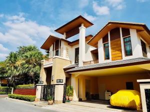 For RentHouseOnnut, Udomsuk : Single housr for rent Super Luxury house @ Prime Sukhumvit area