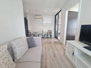 For RentCondoBangna, Lasalle, Bearing : Knightsbridge Bearing (Sukhumvit 107), 22th floor, rent 15000 baht/month