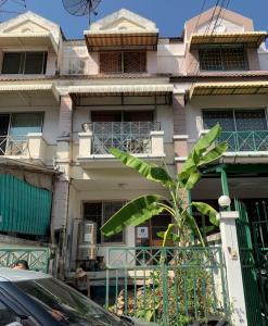 For SaleTownhouseEakachai, Bang Bon : Cheap sale. Sinsap Nakorn Garden 3-storey townhouse on Kanchanaphisek road. Near The Mall, Bang Khae, Makro, Bang Bon