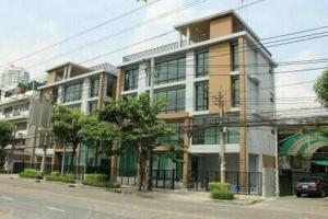 For RentShophouseSathorn, Narathiwat : B275 4-storey commercial building for rent in Charoenkrung Road, Rama 3 Road, Bang Kho Laem District
