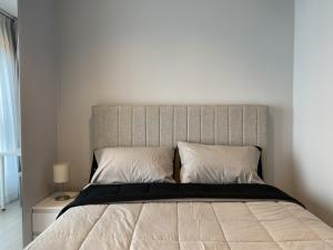 For RentCondoRama9, RCA, Petchaburi : For rent, Life Asoke Rama9, beautiful room, just finished, complete electrical appliances, ready to move in 082-459-4297