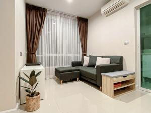 For RentCondoOnnut, Udomsuk : Condo for rent the sky Sukhumvit - type 1 bedroom 30.5 sqm near bts Udomsuk