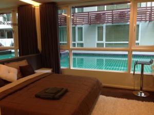 For RentCondoNana, North Nana,Sukhumvit13, Soi Nana : Condo for rent 15 Sukhumvit Residences Condo