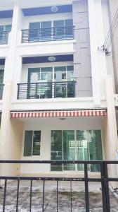 For SaleTownhouseSathorn, Narathiwat : SH082 3-storey townhome for sale. Baan Klang Muang Sathorn Taksin 2 near BTS Wutthakat