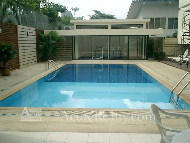 For SaleCondoSukhumvit, Asoke, Thonglor : Penthouse for sale and rent, TPJ Condominium. Sukhumvit 49. 4 brs. 3 bths. 280 sq.m. Near Thonglor