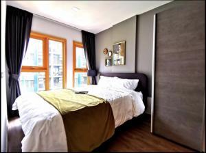 For RentCondoOnnut, Udomsuk : For Rent The Base Sukhumvit 50 (2 bedrooms, 2 bathrooms) near BTS On Nut @JST Property.
