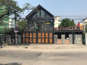 For SaleLandSamrong, Samut Prakan : Land for sale 80 sqw. With beautiful building 2 floors, great location !! Suitable for restaurants, coffee shops, warehouses, housing, Bang Phli Soi C5