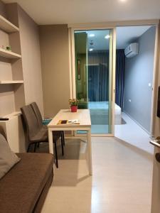 For RentCondoSamrong, Samut Prakan : ⚡🏨 Condo for rent, Aspire Erawan, beautiful room, fully furnished, near BTS Erawan 🏨⚡