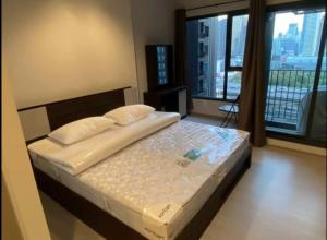 For RentCondoRama9, RCA, Petchaburi : For rent, Life Asoke Rama9, new room, just finished decoration. Ready to move electrical appliances 082-459-4297