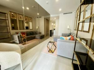 For RentCondoWitthayu,Ploenchit  ,Langsuan : Condo Noble Ploenchit @BTS Ploenchit, Size 45-60 sq.m 1-2 Bedrooms High floor Nice View, Fully furnished