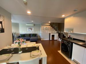 For RentCondoRama9, RCA, Petchaburi : For Rent Condo 🧧Belle Grand Rama 9 🧧size 141 Sq.m Duplex 2bed 2bath price 65k per month