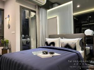 For SaleCondoOnnut, Udomsuk : IDEO Sukhumvit-Rama4,Close to Bts PhraKhanong,24-hour fitness,new condo on Sukhumvit area,Sale the best price,For more information please call 062-424-5474