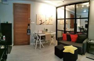 For RentCondoRatchadapisek, Huaikwang, Suttisan : Condo for rent: G Style, near MRT Huai Khwang, East balcony, pool view