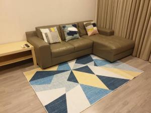 For RentCondoWongwianyai, Charoennakor : for rent The room bts wongwienyhai 2 bed