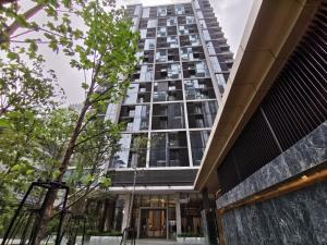 For SaleCondoWitthayu,Ploenchit  ,Langsuan : Hot promotion, discount 7 million!!! 2 bedrooms, 69 sq m., 28 CHIDLOM, near BTS Chidlom, Tel. 062-339-3663, Fen.