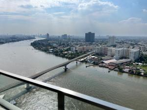 For SaleCondoBang Sue, Wong Sawang : For sale 333 Riverside, the best price, 2 bedrooms, 2 bathrooms, full river view.
