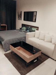 For RentCondoSukhumvit, Asoke, Thonglor : For Rent Condo Rhythm Sukhumvit 36-38 near BTS Thonglor @ 24Agency