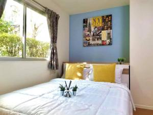 For RentCondoSamrong, Samut Prakan : NC-R477 For Rent Condo Lumpini Mix Thepharak - Srinakarin Adjacent to the main road, Thepharak, price 5,500 baht only including common fees The room is decorated as beautiful as the picture is ready! Interested in inbox, come ask for details.