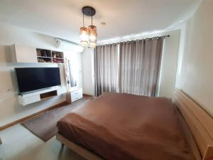 For SaleCondoRatchadapisek, Huaikwang, Suttisan : Condo for sale, investment in the Cowic era, with a lower value Cheapest in this area Most beautiful in the alley (renovated) Ratchada Orchid Condo Contact Khun Mew 0986168829