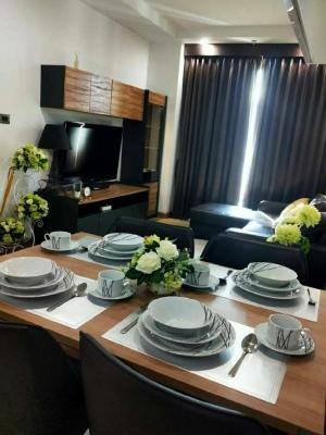 For RentCondoRatchadapisek, Huaikwang, Suttisan : Condo for rent, Supalai Wellington 1💥 Luxury condo on Rama 9 💥 Road, English style architecture, on a potential location, fully furnished, complete electrical appliances, built-in view, no block outside, near MRT, Cultural Center, 1 bedroom, 1 bathroom, s