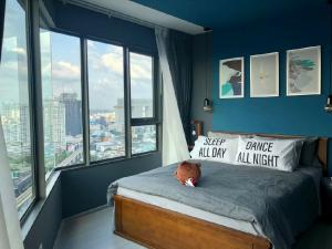 For RentCondoLadprao, Central Ladprao : For rent, Life Ladprao 36 sq m, fully furnished, ready to move in, Hi-end condo in the heart of Ladprao intersection, next to BTS MRT Central