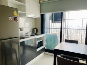 For RentCondoSukhumvit, Asoke, Thonglor : The Tree Sukhumvit 71, beautiful room, like a high floor, light price, 31 sqm., Like price, let's talk!