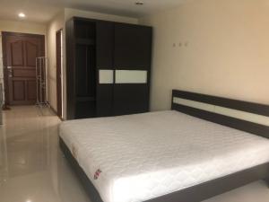 For RentCondoRama9, RCA, Petchaburi : ** Best price guaranteed ** Rent the best price, PG Rama 9 Condo