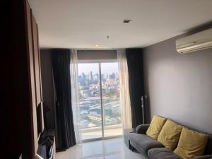 For RentCondoOnnut, Udomsuk : Condo for rent 3 bedrooms near bts. Prakanong.