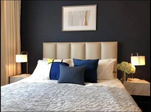 เช่าคอนโดพระราม 9 เพชรบุรีตัดใหม่ : For RentLife Asoke แต่งเต็ม เฟอร์นิเจอร์ เครื่องใช้ไฟฟ้าครบ @JST Property.