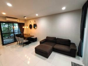 For SaleTownhouseChengwatana, Muangthong : Townhome for sale in the middle of Ngamwongwan. Behind the corner with 3 floors, 3 bedrooms, 3 bathrooms, an area of 23.7 sq m.