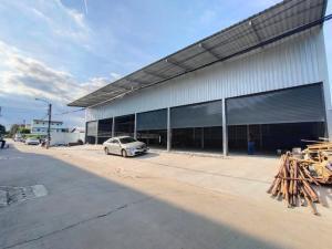 เช่าโกดังลาดพร้าว101 แฮปปี้แลนด์ : ให้เช่าโรงงาน/โกดัง (สร้างใหม่) พื้นที่ 1,184 ตร.ม ไฟฟ้า 3เฟส ห้องน้ำแยกชายหญิง ถนนลาดพร้าว101 เขตบางกะปิ ราคาเช่า 160,000 บ/ด