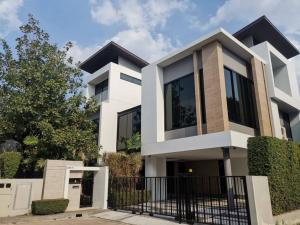For RentHousePattanakan, Srinakarin : House for rent in Suan Luang, Rama 9, 4 bedrooms, 4 bathrooms, 450 sqm 🔥🔥, rental price 190,000 baht / month 🔥🔥