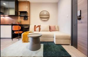เช่าคอนโดสาทร นราธิวาส : +++เช่าด่วน The room Sathorn-St.Louis +++ 1 ห้องนอน ขนาด35 ตร.ม. แต่งครบพร้อมเข้าอยู่