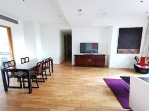 For SaleCondoSukhumvit, Asoke, Thonglor : Millennium Residence 3bed 3bath + maid 145sqm 24,000,000 Call / Line: Am 0656199198 Whatsapp / Wechat: 0849429988