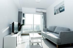 For RentCondoWongwianyai, Charoennakor : Condo for rent Supalai River Resort 37th floor AOL-F72-2101003238