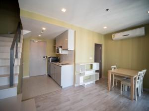 For SaleCondoOnnut, Udomsuk : Beautiful Built-in  Duplex room!! Condo Ideo Mobi Sukhumvit 81  24th floor 61 sq.m. SPECIAL DEAL!