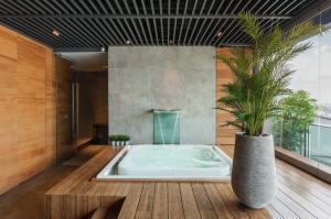For RentCondoSukhumvit, Asoke, Thonglor : ✯✰ For Rent Penthouse 2 Bed 3 Bath 377 Sqm. 3 Parking slot -Hi-End Furniture and Decoration ✯✰